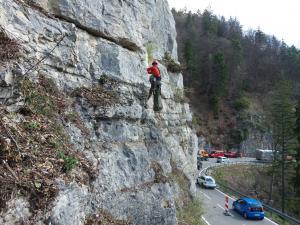 Alpinism utilitar brasov/ degajare zona cu risc